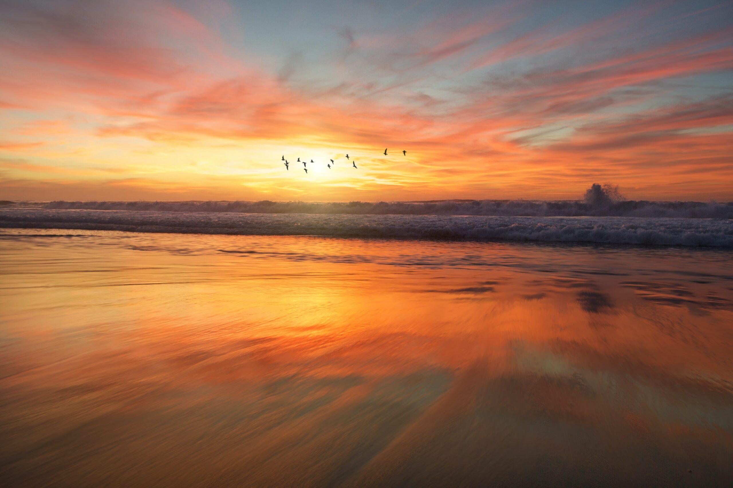 Por do sol, a beira mar, em San Diego - US
